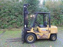 Caterpillar DPA 35A Forklift tr