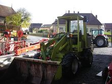 Used Weidemann 3002
