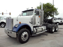 2007 Freightliner FLD-12064SD