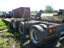 2007 Low loader-semi-trailers C
