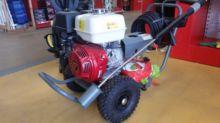 Tools : nettoyeur Karcher HD105