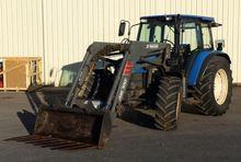 2000 New Holland TL100 Farm Tra
