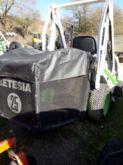 2007 Etesia hydro 100 Lawn trac