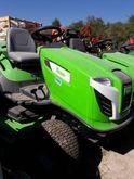 2015 Viking MT6112ZL Lawn tract