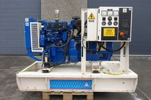 1997 Perkins 27.5 KVA OPEN WITH