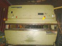 Komatsu - 3.1m Hydraulic Press