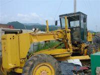 Used Komatsu GD605A-