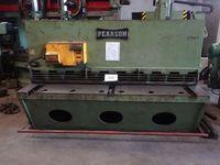 - - 2.5m Hydraulic Shear