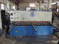 SEW - 2.5m Hydraulic Shear