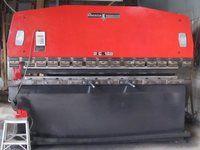 Amada RG-100 3.0m Hydraulic Pre