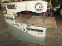 Luxo L-900 Vertical Band Saw