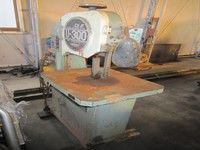 Luxo U-300 Vertical Band Saw