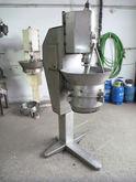 Vertical rotor granulator made