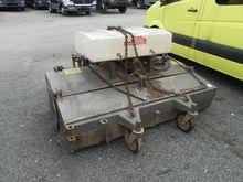 UKM 2.0 Anbaukehrmaschine First