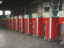 Aweta TRS rose bunching machine