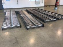 1045 mm Roller conveyor