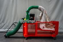 Billy Goat leaf vacuum cleaner