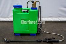 Rosy 12 portable crop sprayer