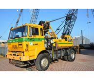 DAF 2300 4x4 with HIAB crane