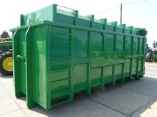 2013 Monfort Container