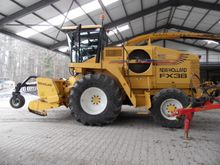 2002 NEW HOLLAND Ensileuse  FX3