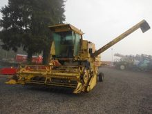 1980 New Holland 8060 Combine h