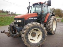 2000 New Holland TM 135 Farm Tr