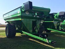 J & M 1000-20S-LW-G Grain Cart