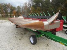 Case IH 1083 Header-Corn