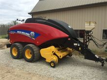 2013 New Holland BB-330-R Baler