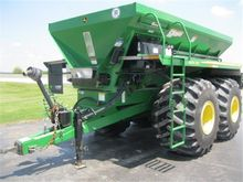 2011 New Leader DN345 Fertilize