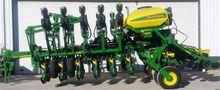2016 John Deere 1795NT Planter