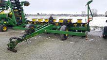 1996 John Deere 7240 Planter