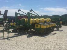 1996 John Deere 1770 Planter