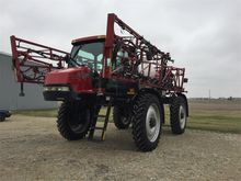 2007 Case IH 3320 Sprayer-Self