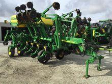 2009 John Deere 1790 Planter