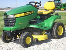2007 John Deere X304, Gasoline