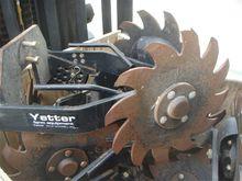 Yetter 2967-008 Planter
