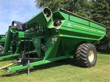 2010 J & M 1000-20S Grain Cart