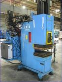 2003 Injection molding machine