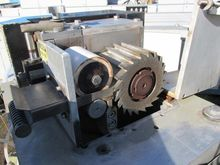 Granulator for plastic recyclin