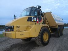 Used 2006 CAT 725 in