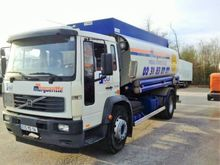 Used 2003 Volvo FL25