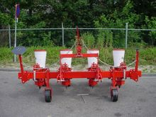 Seeders New 4 row mechanical se