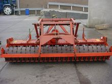 Harrows Kuhn Power Harrow