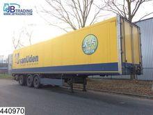 2001 Schmitz Cargobull Gesloten