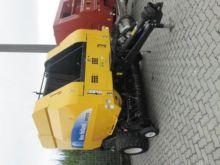 2012 New Holland BR 7070 Round