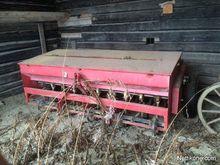 Used Kuhn 250 in Lap