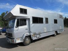 2002 Mercedes-Benz Motor Home 8