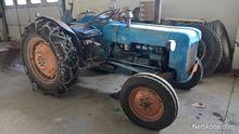 Used Fordson dexta i